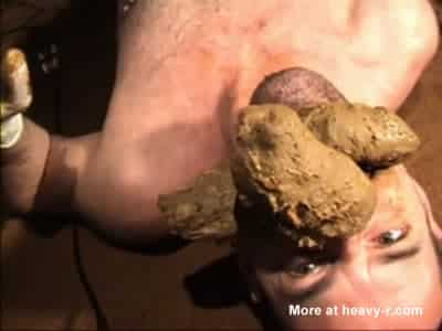 Dirty guy pooping and putting this fat turd in his mouth xxx porn video