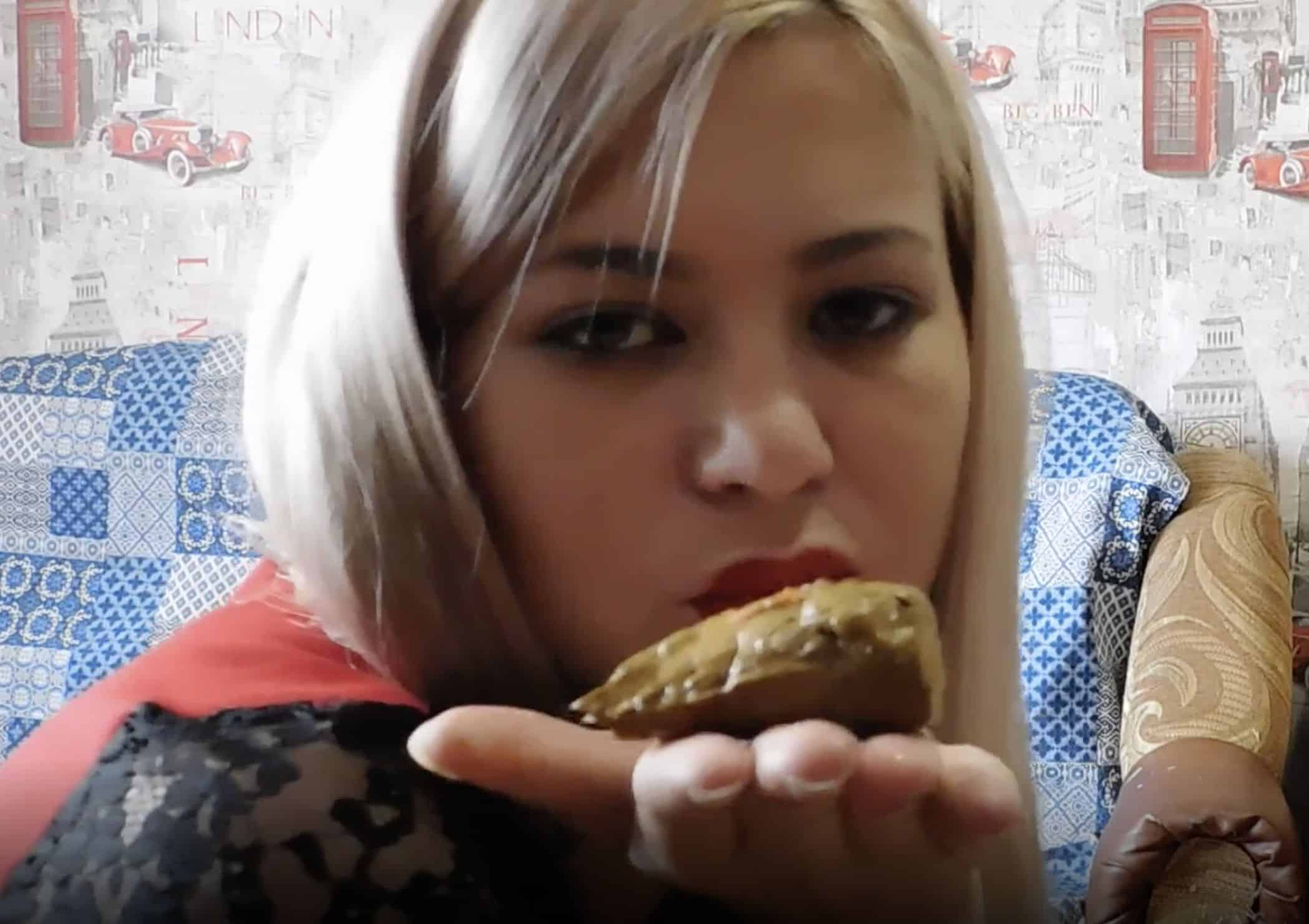 Porn Eating On Floor watch blonde having a poo porn and sex videos | freescatporntube